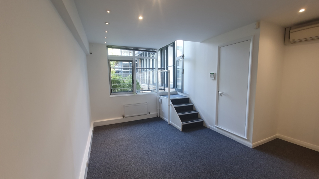 Small office available in Chelsea